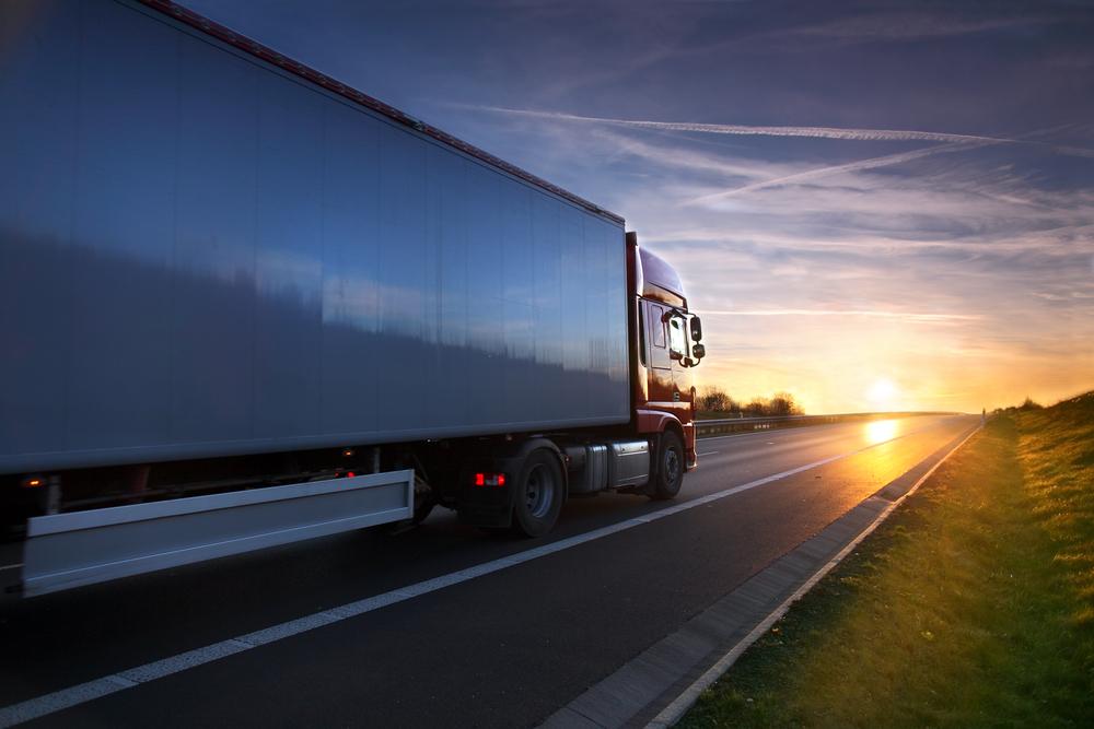 Mejorar la productividad y controlar remolques y mercancía.