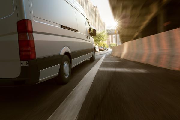 Mejora el comportamiento al volante de los conductores de tu flota